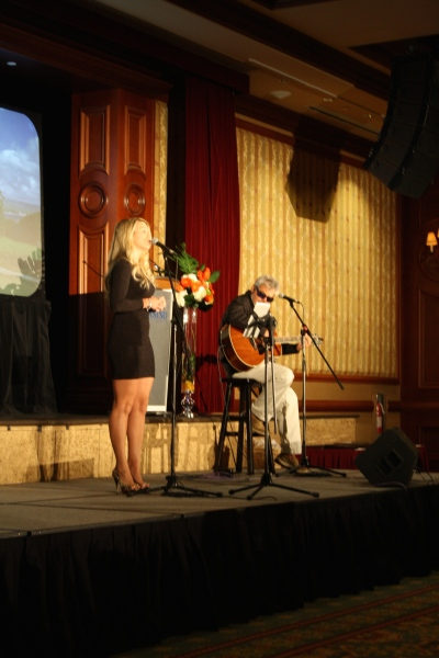 John & Samantha Gracie perform at the beginning of the evening